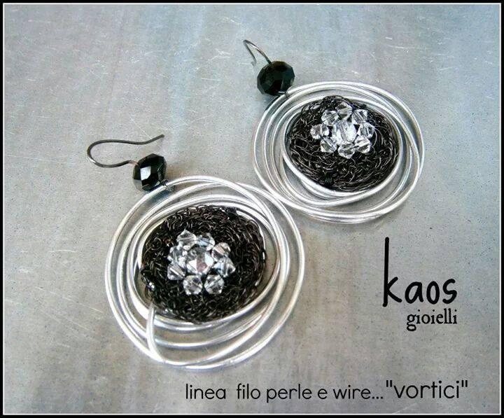 kaos-alluminio-rame-nero-swarovski